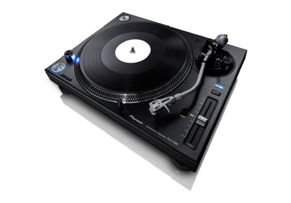 Pioneer DJ présente sa platine vinyle PLX-1000