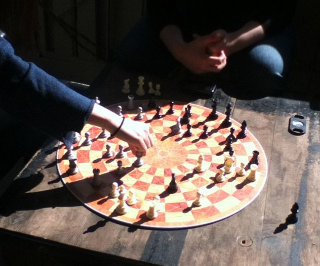 3-player-chess-board