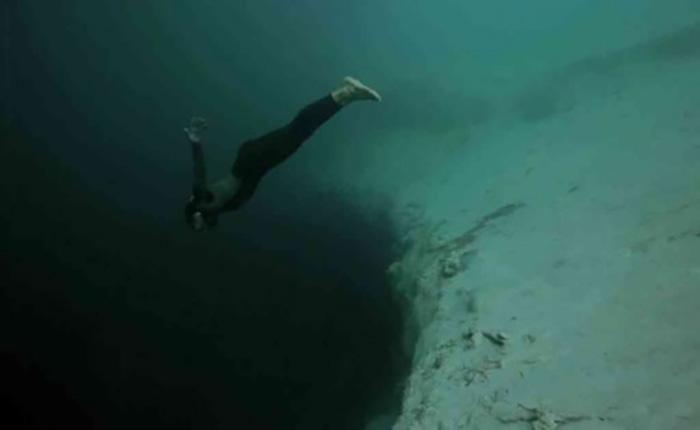 L'Océan Pacifique : 'Un jour, je vais mourir dans les profondeurs'