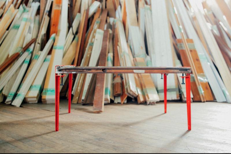 Des pieds de table floyd escamotables pratiques et design - Pieds de table design ...