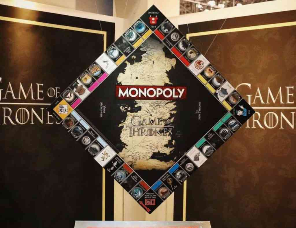 Monopoly-Game-of-Thrones-Collectors-Edition-Board-Game-01
