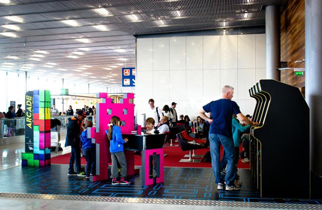 Neo Legend : après Roissy, les bornes d'arcade arrivent à l'Aéroport d'Orly