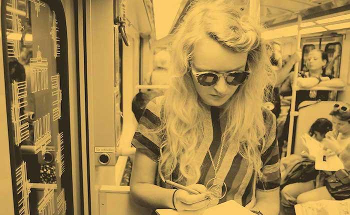 Astrid-Engberg-Modern-Blues-haut