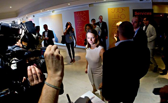 Instantané de Cannes : Rencontre mouvementée avec Jodie Foster et Julia Roberts