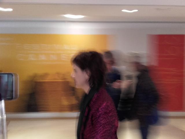Instantané de Cannes : Ma Loute, le photocall avec Juliette Binoche et la montée des marches