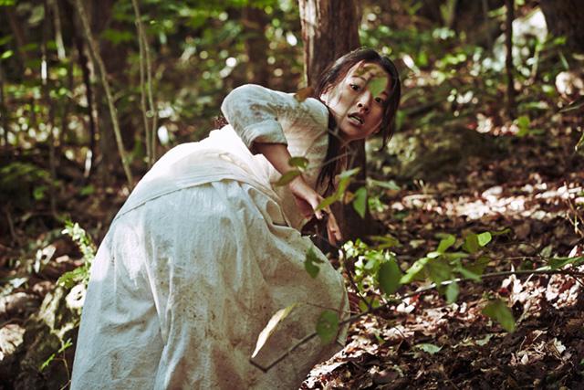 Instantané de Cannes : Goksung (Hors Compétition) et Umi yorimo mada fukaku (Un Certain Regard)