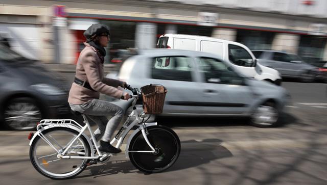 Rool'in, une roue électrique à adapter sur votre roue de vélo