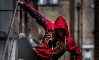Calendrier De L Avent Spiderman.Calendrier De L Avent Maxoe 03 12 Le Sweat A Capuche